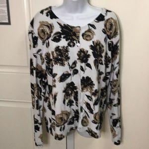 Rose colored cardigan black, tan and white size xl